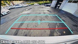 2020 Toyota Camry SE Auto Waterbury, Connecticut 19