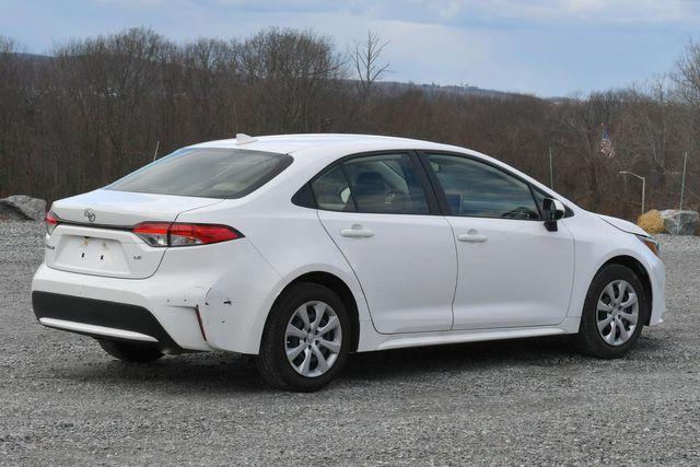 2020 Toyota Corolla LE Naugatuck, Connecticut 4