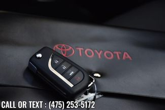 2020 Toyota Corolla LE Waterbury, Connecticut 32