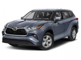 2020 Toyota Highlander Hybrid XLE in Tomball, TX 77375