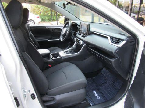 2020 Toyota RAV4 LE | Houston, TX | American Auto Centers in Houston, TX
