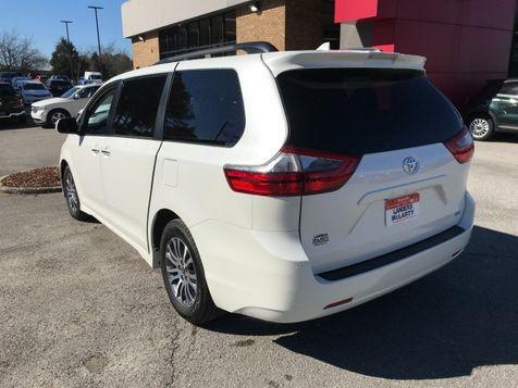 2020 Toyota Sienna XLE Auto Access Seat | Huntsville, Alabama | Landers Mclarty DCJ & Subaru in Huntsville, Alabama