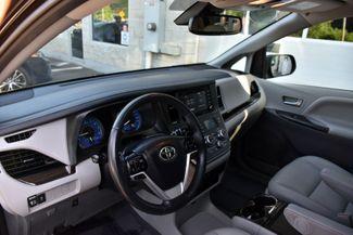 2020 Toyota Sienna XLE Premium Waterbury, Connecticut 12