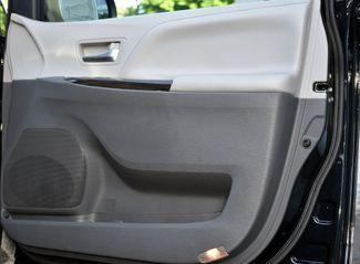 2020 Toyota Sienna XLE Premium Waterbury, Connecticut 23