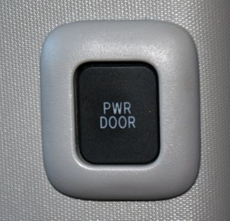 2020 Toyota Sienna XLE Premium Waterbury, Connecticut 25