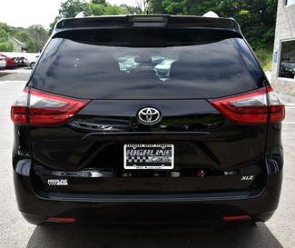 2020 Toyota Sienna XLE Premium Waterbury, Connecticut 3
