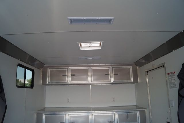 2020 United 8.5' Wide Double Popout in Fort Worth, TX 76111