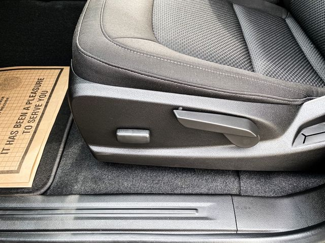 2021 Chevrolet Colorado 4WD LT Madison, NC 34