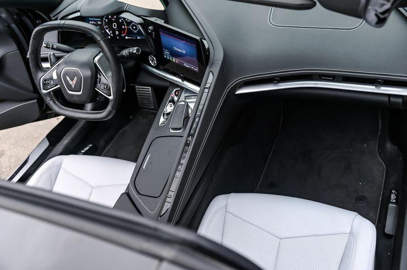 2021 Chevrolet Corvette 6.2L V8 490HP 1LT STINGRAY LIKE NEW ONLY 3355 MILE in Rowlett, Texas