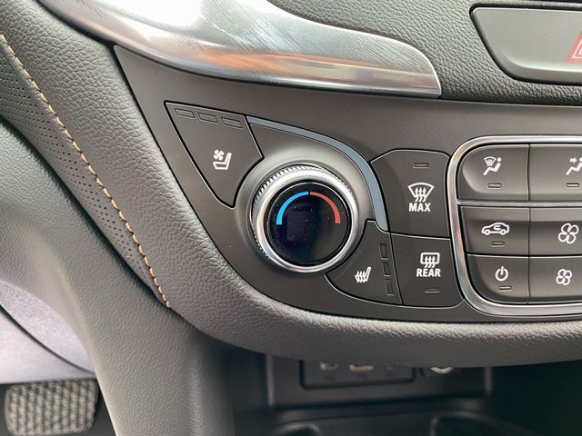 2021 Chevrolet Equinox Premier Madison, NC 38