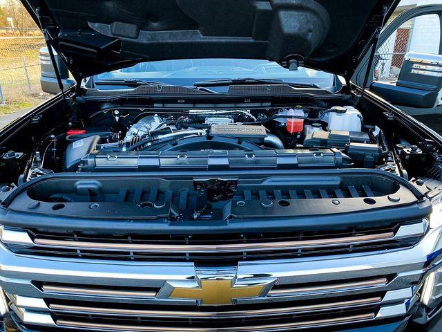 2021 Chevrolet Silverado 3500HD High Country Madison, NC 43