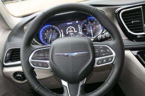 2021 Chrysler Pacifica Touring L in Vernon, Alabama