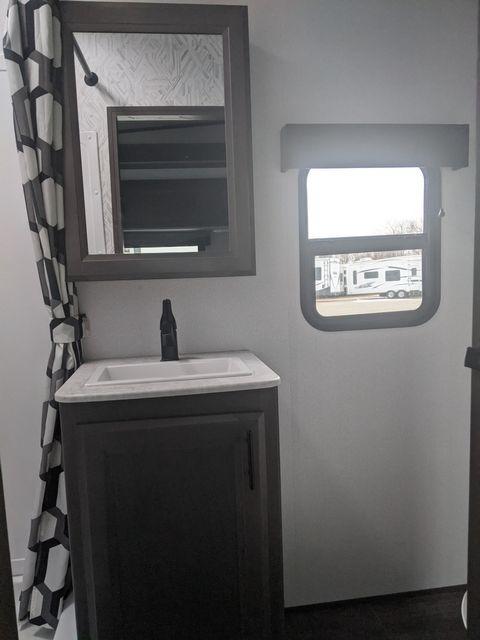 2021 Cruiser Rv STRYKER STG3313 in Mandan, North Dakota 58554