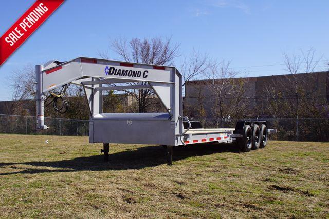 2021 Diamond C 82''X 25' TRIPLE AXLE TILTING HD GOOSENECK TRAILER