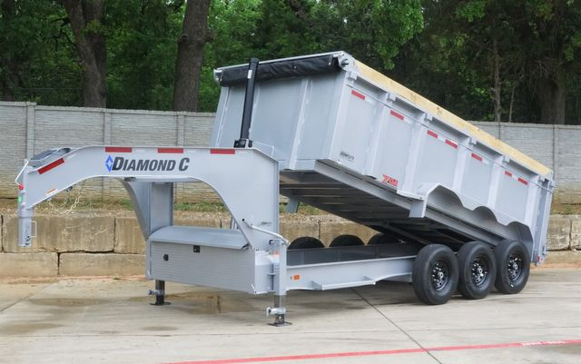2021 Diamond C ALL NEW TRIPLE AXLE GOOSENECK TELESCOPIC DUMP TRAILER W/ 7G BODY AND SIDES $23,095