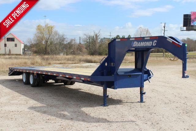 "2021 Diamond C FMAX210 - 35' Max Ramps Goose Neck 35' x 102"" Engineered Beam Max Ramps CONROE, TX"