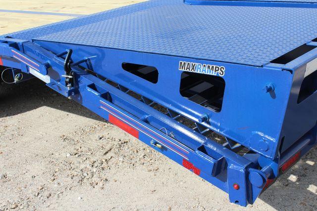 "2021 Diamond C FMAX210 - 35' Max Ramps Goose Neck 35' x 102"" Engineered Beam Max Ramps CONROE, TX 17"