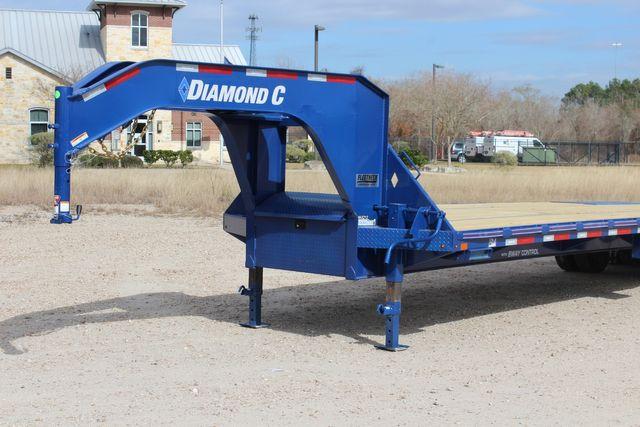 "2021 Diamond C FMAX210 - 35' Max Ramps Goose Neck 35' x 102"" Engineered Beam Max Ramps CONROE, TX 4"