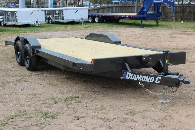 2021 Diamond C GTF252 20x82 20' Open Car Hauler - Drive Over Fenders - CONROE, TX