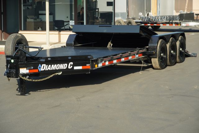 2021 Diamond C HDT 8.5 X 25' TRIPLE AXLE TILT