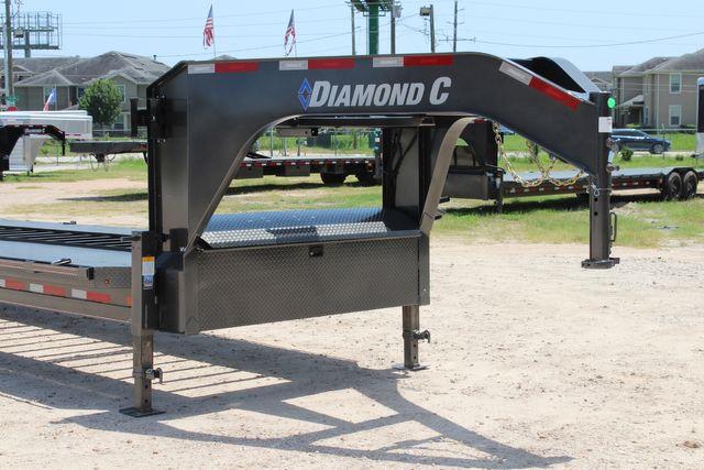 2021 Diamond C MVC 8K AXLE 40 MULTI-VEHICLE CARRIER TRAILER HYD BRAKE in Conroe, TX 77384