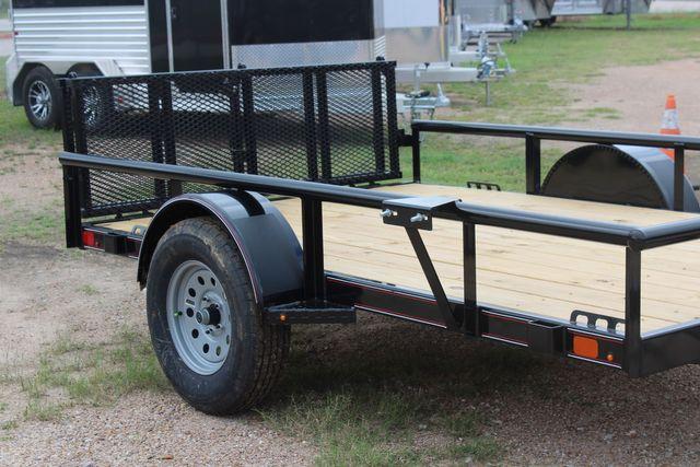 2021 Diamond C PSA - 10 PREMIUM SINGLE AXLE 3.5K WITH BIFOLD REAR GATE CONROE, TX 1
