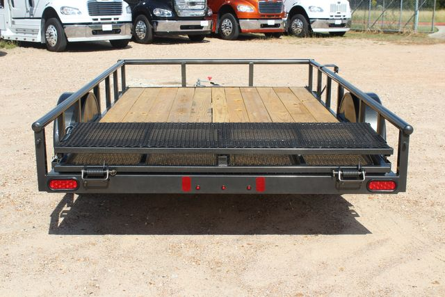2021 Diamond C PSA - 12 SINGLE AXLE 12 X 83 BIFOLD GATE W/ BLACK WHEELS CONROE, TX 17