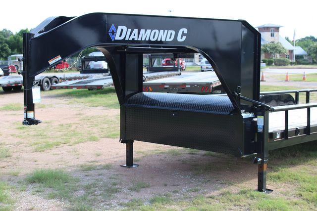 2021 Diamond C TUT-252 20' TEXAS UTILITY TRAILER GN 5.2K AXLES PIPE TOP in Conroe, TX 77384