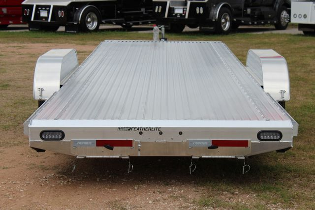 2021 Featherlite 3110 24' in Conroe, TX 77384