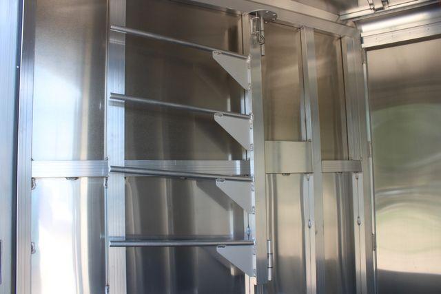 2021 Featherlite 7441 - 2H Slant Two Horse slant load bumper pull aluminum trailer CONROE, TX 26