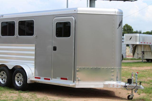 2021 Featherlite 7441 - 3 HORSE SLANT Three Horse Slant CONROE, TX 2