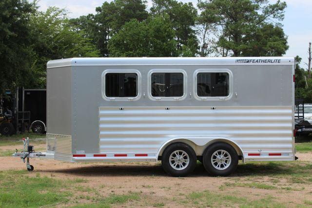 2021 Featherlite 7441 - 3 HORSE SLANT Three Horse Slant CONROE, TX 7