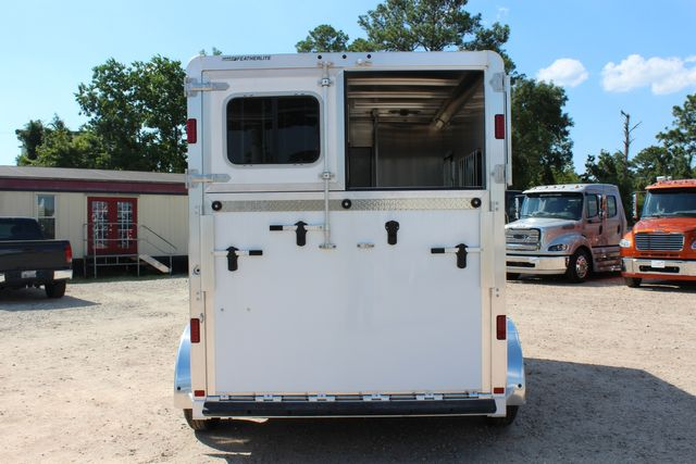 2021 Featherlite 7442 - 2H STRAIGHT Straight load 2 horse with walk-thru, mangers & DR CONROE, TX 12