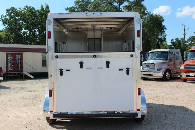 2021 Featherlite 7442 - 2H STRAIGHT Straight load 2 horse with walk-thru, mangers & DR CONROE, TX 13