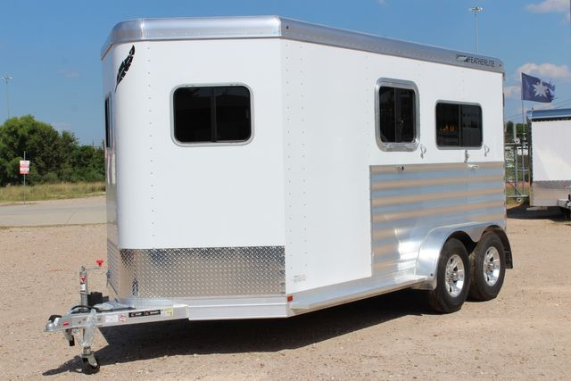 2021 Featherlite 7442 - 2H STRAIGHT Straight load 2 horse with walk-thru, mangers & DR CONROE, TX 6