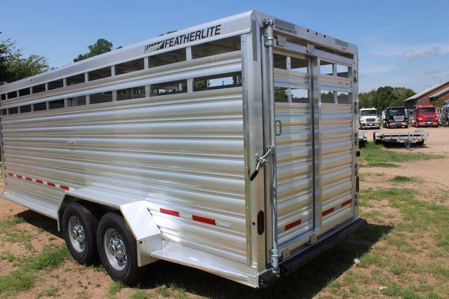 2021 Featherlite 8117 - 20 LIVESTOCK CATTLE 20' GOOSE NECK CONROE, TX 13
