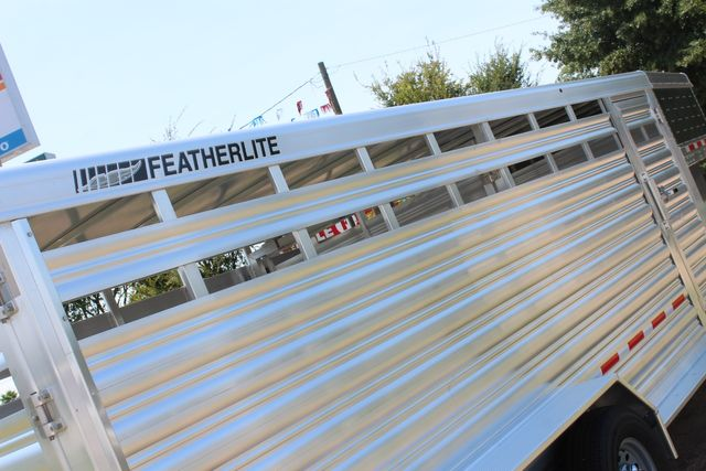 2021 Featherlite 8117 - 20 LIVESTOCK CATTLE 20' GOOSE NECK CONROE, TX 22