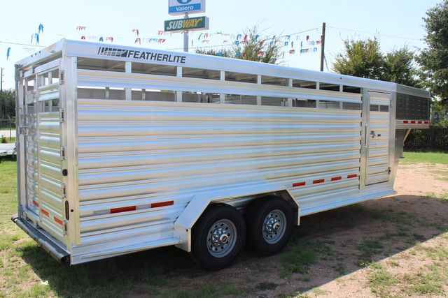 2021 Featherlite 8117 - 20 LIVESTOCK CATTLE 20' GOOSE NECK CONROE, TX 26