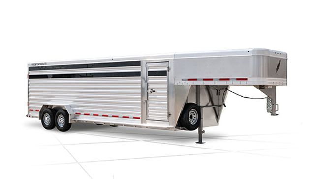 2022 Featherlite 8127 32' Livestock w/ two Center Cut Gates with sliders