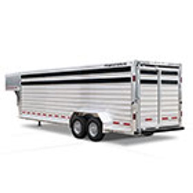 2022 Featherlite 8127 32' Livestock w/ two Center Cut Gates with sliders in Conroe, TX 77384