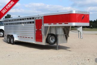 2021 Featherlite 8127 - LIVESTOCK 24' LIVESTOCK SHOW TRAILER WITH PEN SYSTEM RAMPS CONROE, TX