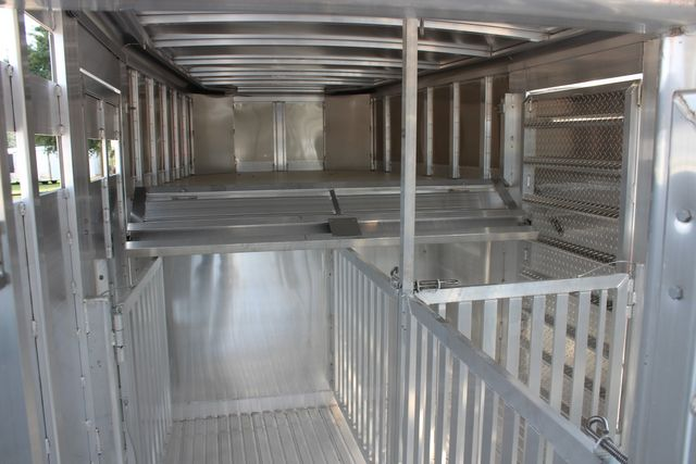 2021 Featherlite 8127 - LIVESTOCK 24' LIVESTOCK SHOW TRAILER WITH PEN SYSTEM RAMPS CONROE, TX 25