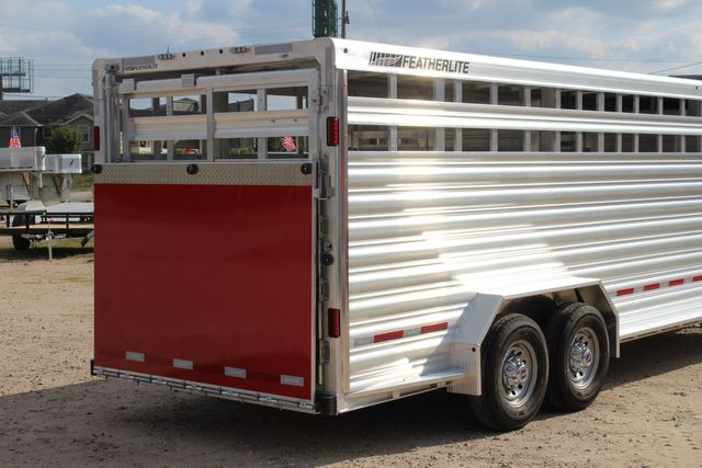 2021 Featherlite 8127 - LIVESTOCK 24' LIVESTOCK SHOW TRAILER WITH PEN SYSTEM RAMPS CONROE, TX 26