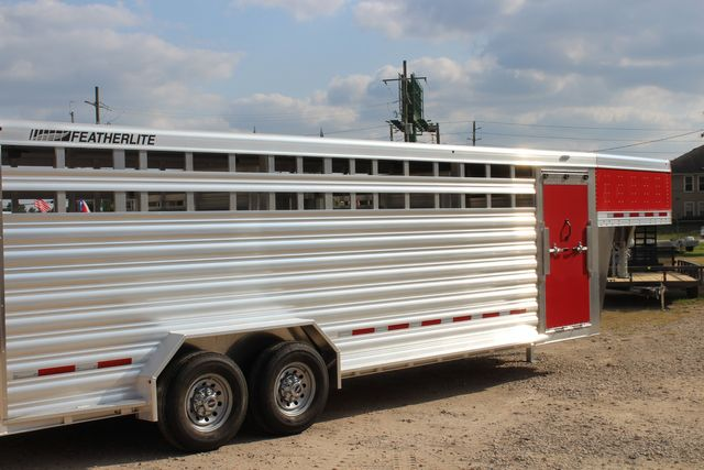 2021 Featherlite 8127 - LIVESTOCK 24' LIVESTOCK SHOW TRAILER WITH PEN SYSTEM RAMPS CONROE, TX 27