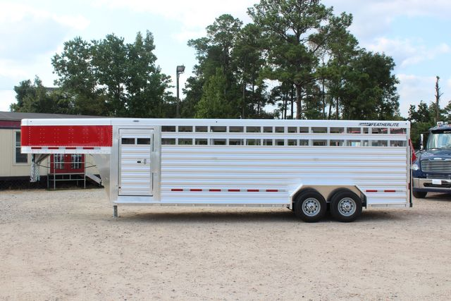 2021 Featherlite 8127 - LIVESTOCK 24' LIVESTOCK SHOW TRAILER WITH PEN SYSTEM RAMPS CONROE, TX 8