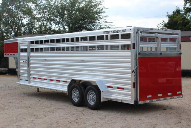 2021 Featherlite 8127 - LIVESTOCK 24' LIVESTOCK SHOW TRAILER WITH PEN SYSTEM RAMPS CONROE, TX 9