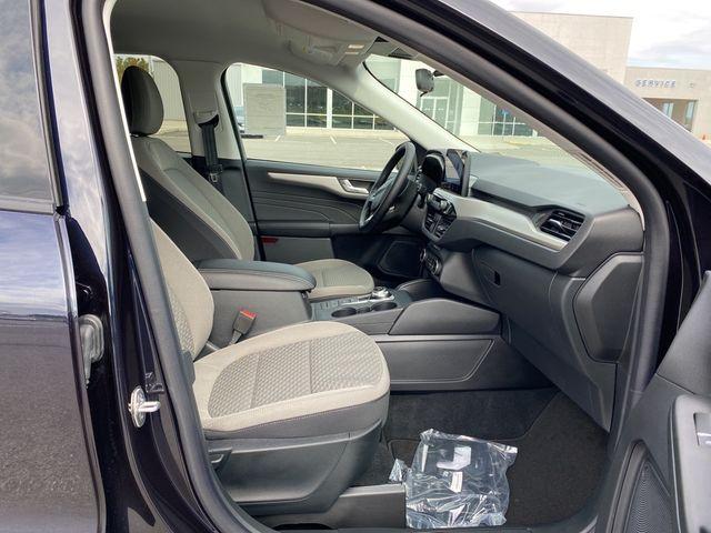 2021 Ford Escape SE Madison, NC 9