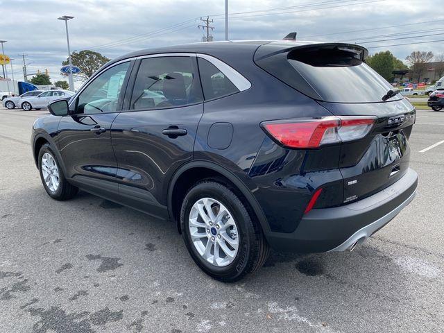 2021 Ford Escape SE Madison, NC 3