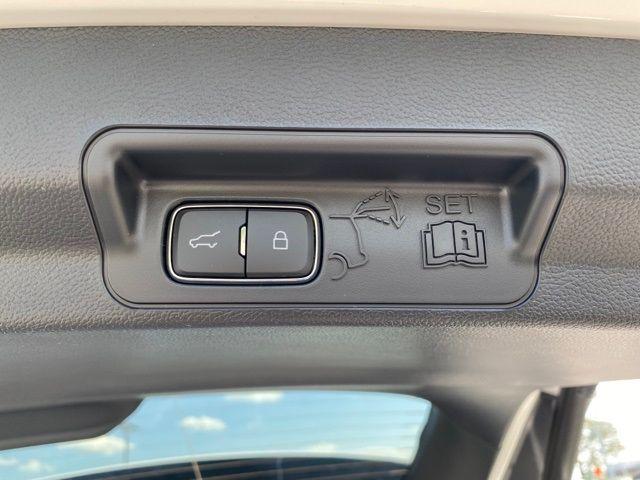 2021 Ford Explorer ST Madison, NC 19