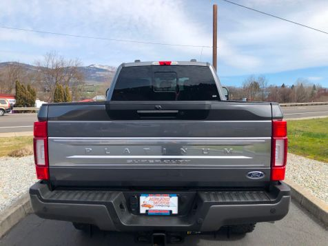 2021 Ford Super Duty F-350 SRW Pickup Platinum Tremor | Ashland, OR | Ashland Motor Company in Ashland, OR